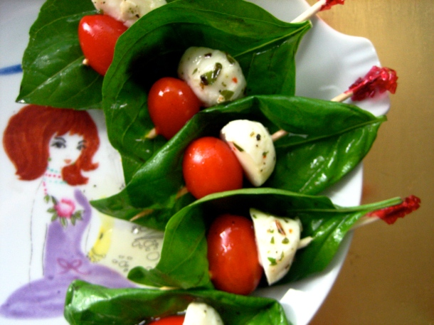 Laura's Caprese Hors-d'oeuvres