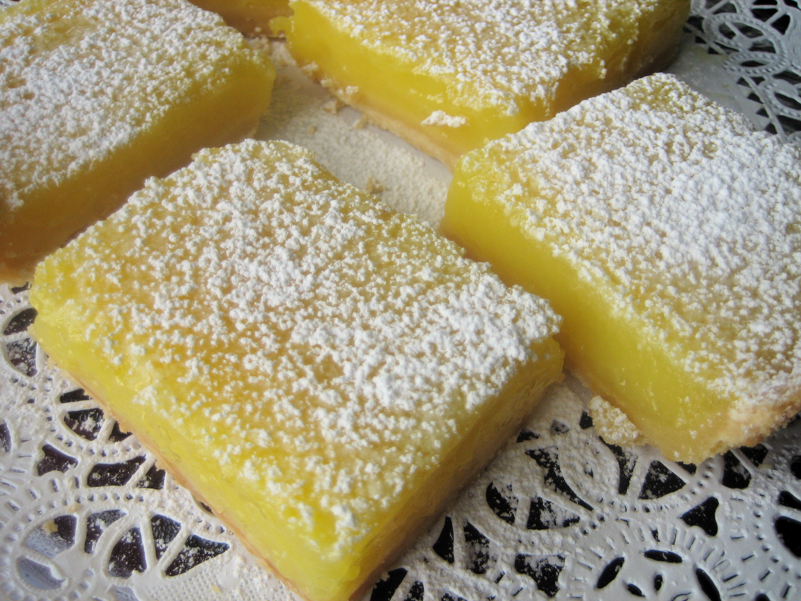 So-Easy Lemon Bars Recipe — Dishmaps